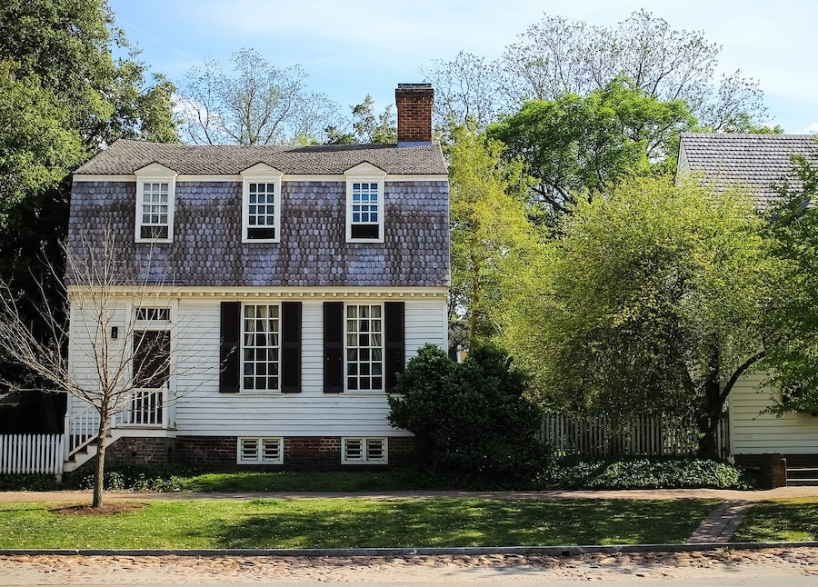 house in colonial williamsburg